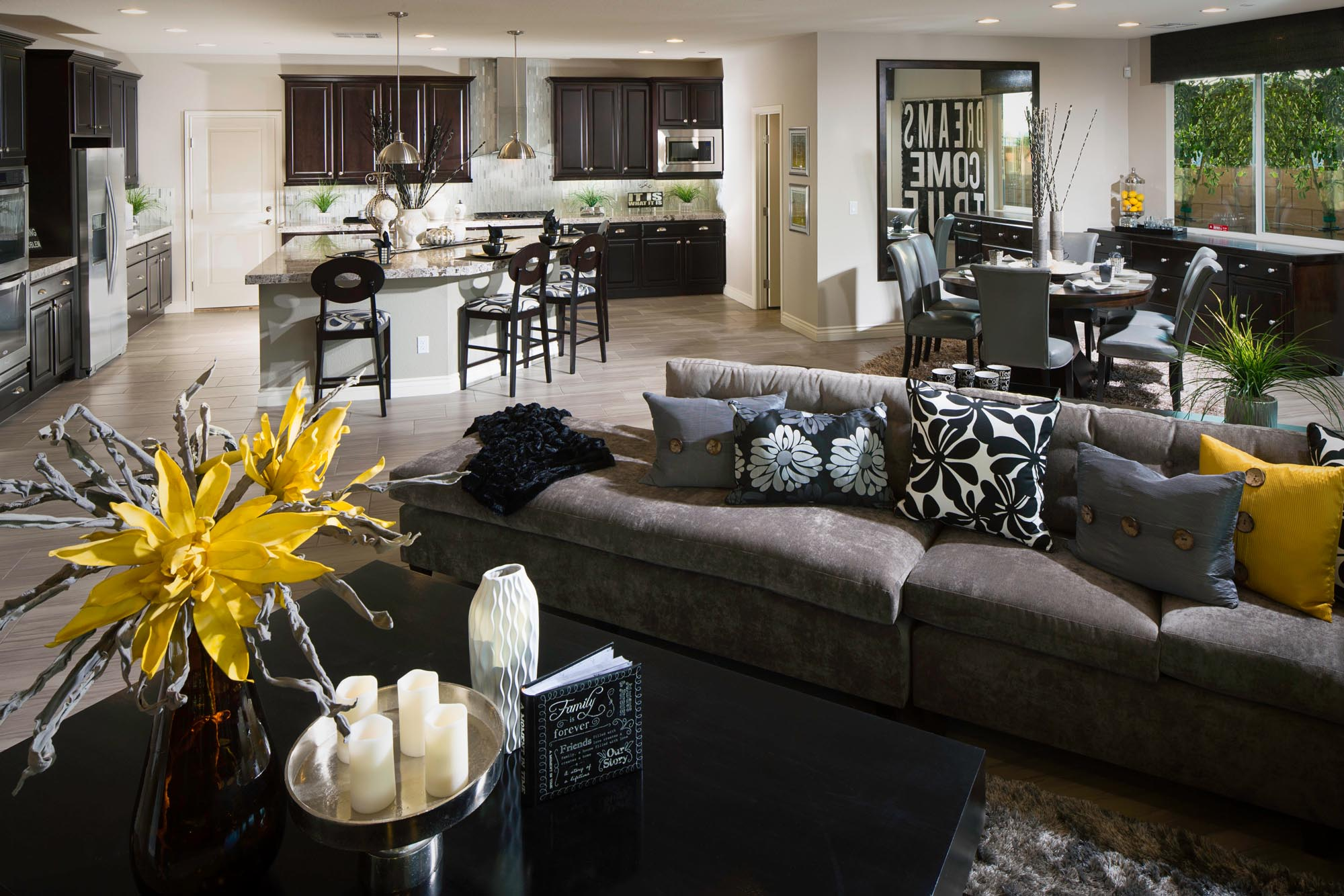 Pictures of model homes - Treviso By Kb Home Las Vegas