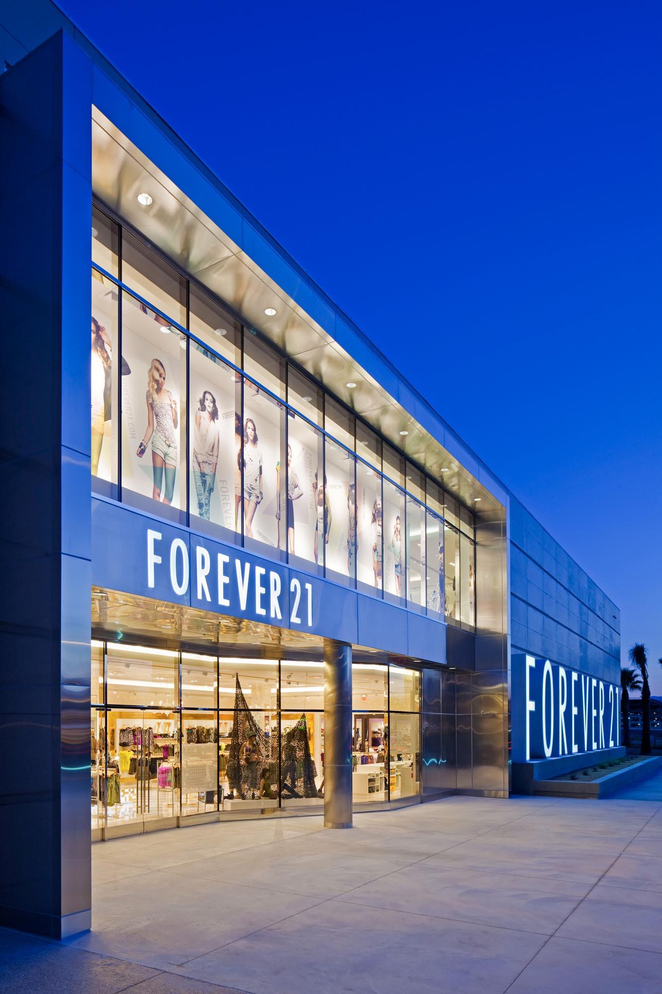 Macys northridge fashion center 44